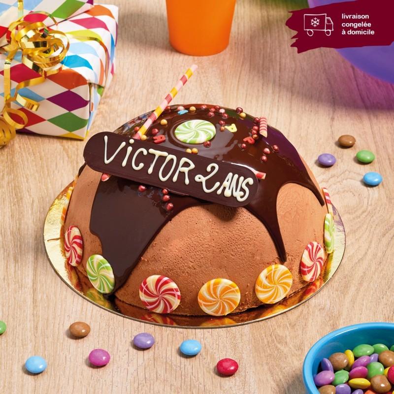 gâteau surprise au chocolat et bonbons Smarties livraison à domicile